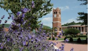 ウェスタンカロライナ大学1